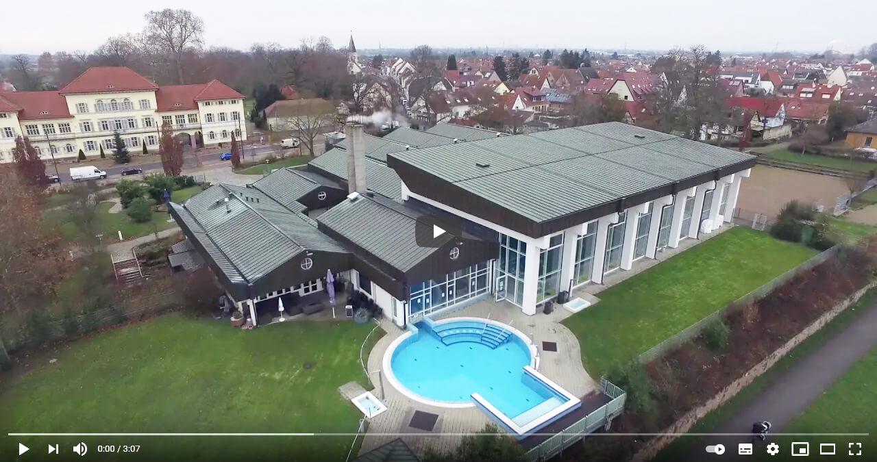 foto-drohnenflug-freizeitbad-neckarhausen